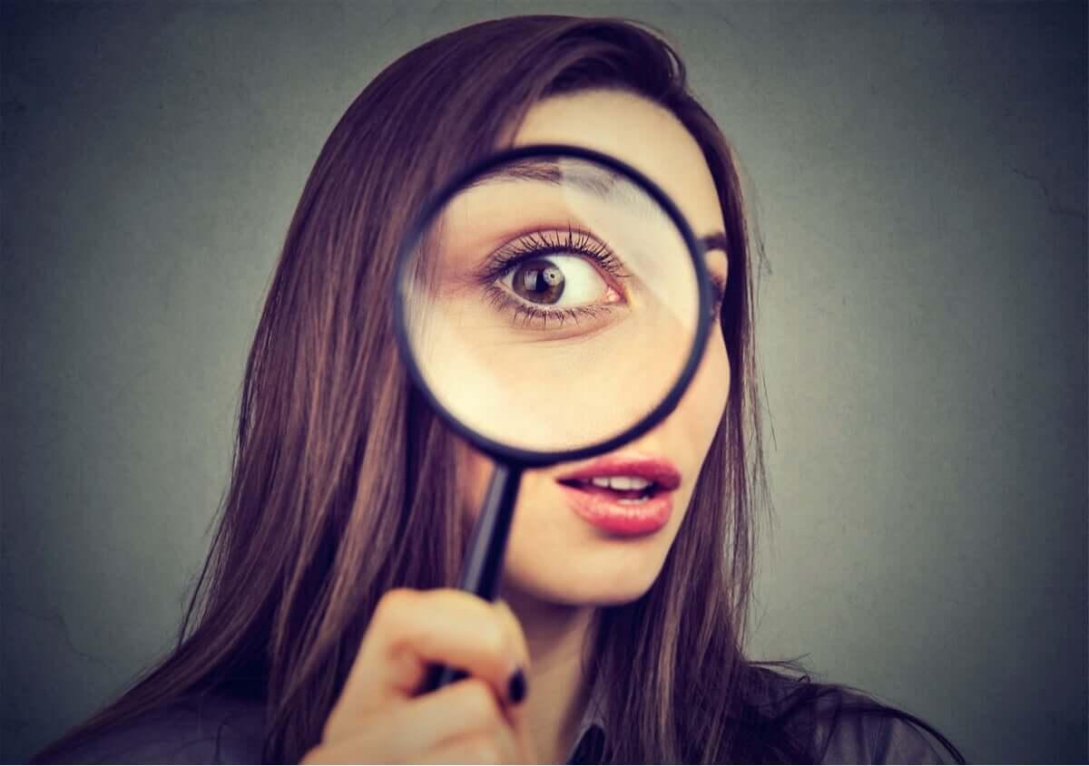 Deneyimlere açıklık merak ve farklı bir bakış açısı istiyor