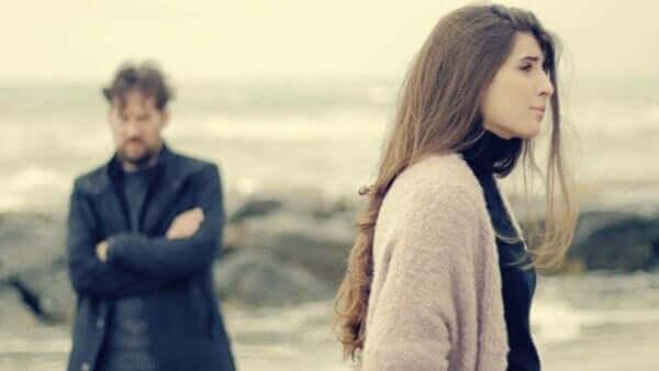 Romantik Partnerden Ayrılma Anksiyetesi
