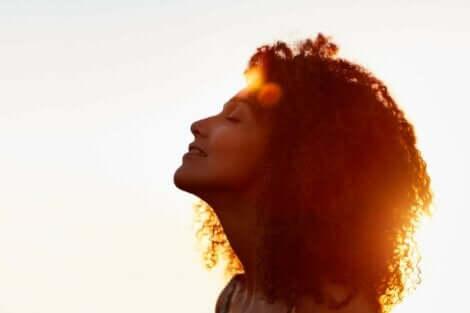 stres döküntüsü yaşamayan kadın