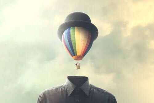 Uçan balon ve kafa