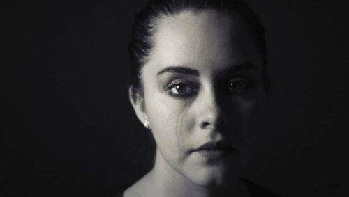 Üzüntü ve acıların bizi kıskaca aldığını düşündüğümüzde