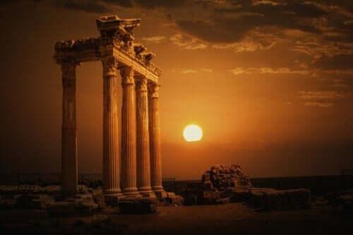 Tanrıların mabedi