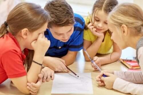 Küçük yaş çocukları için doğru düşünmeyi öğrenmek çok önemli