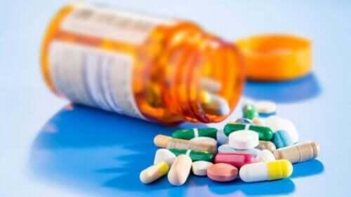 Çeşitli ilaçlar.