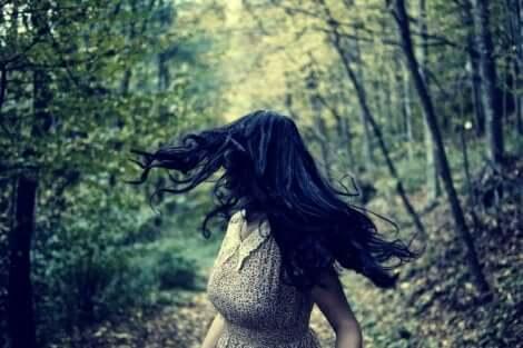 Ormanda kaçış ve korkular