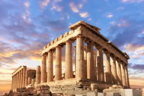 Apollon ve Yunanistan'daki yerleri.