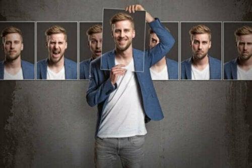 Kişilik Psikolojisi: Kişilik Gerçekten Var Mıdır?