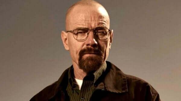 Breaking Bad dizisinden tanıdığımız Walter White.