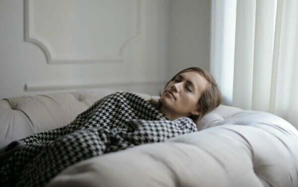 Aşırı Uykulu Olma Durmunun Muhtemel Nedenleri