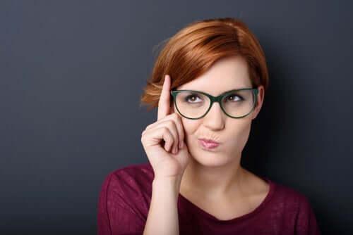 Dudakların Vücut Dili: Sizi Ele Veren 4 İşaret