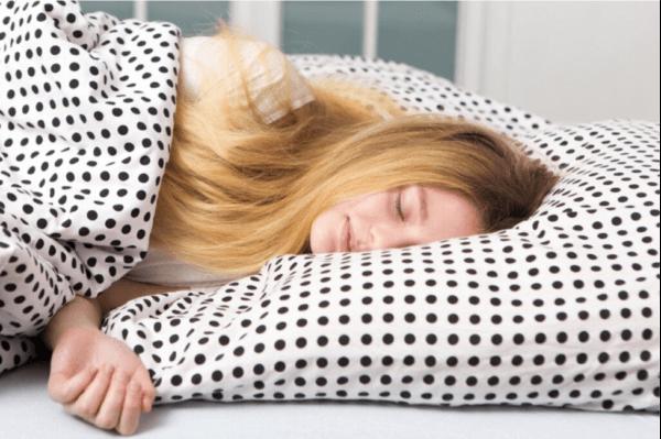 Gençler Neden Bu Kadar Çok Uyurlar?