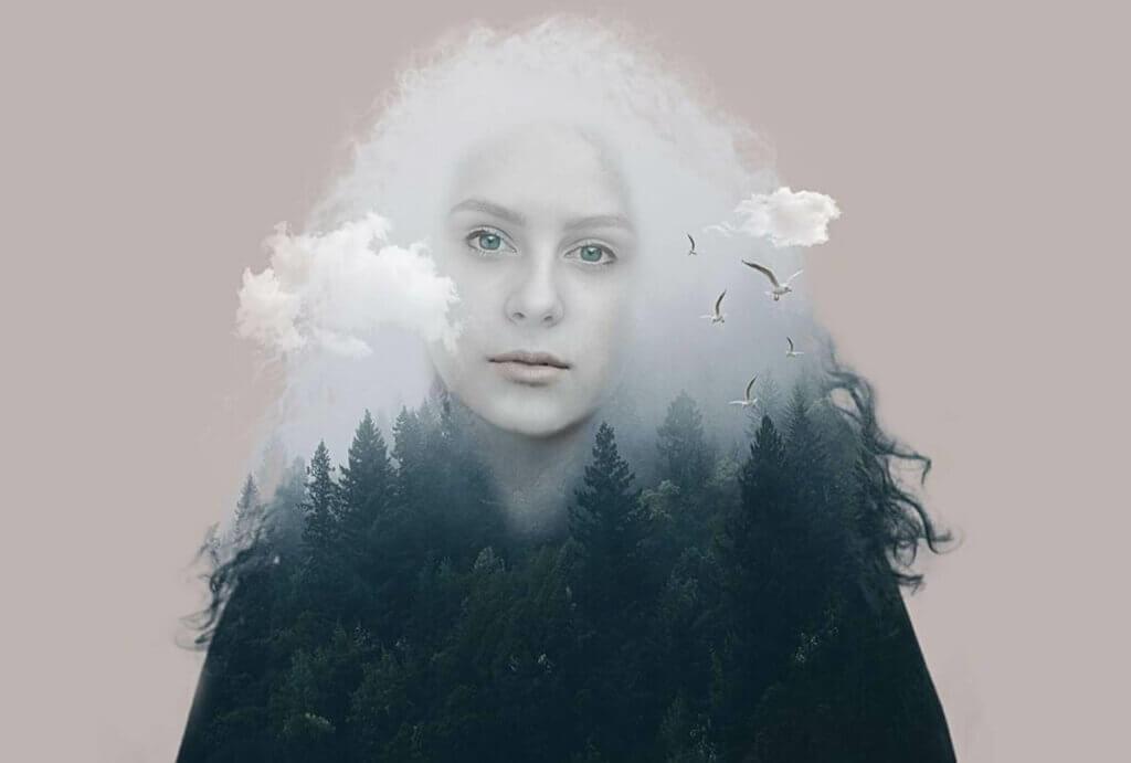orman bulutlar ve kadın