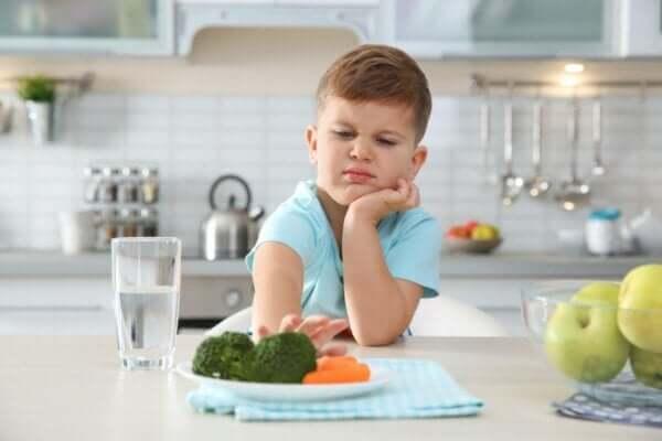 Sebze sevmeyen çocuklar için ne yapılmalı?