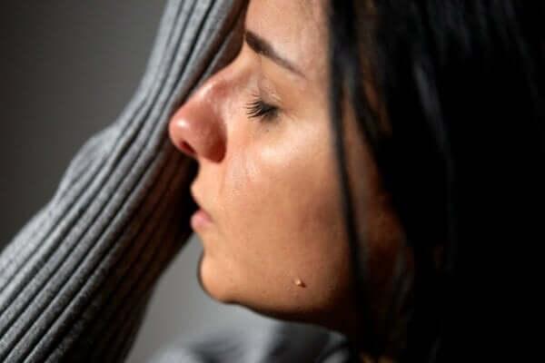 Eski Sevgiliniz: Neden Düşünmeden Duramıyorsunuz?