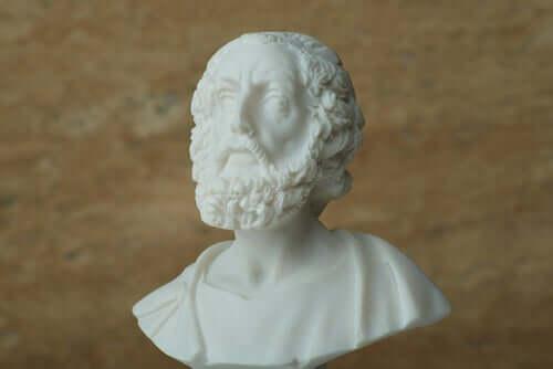 Homer: Önemli Bir Epik Şairin Biyografisi