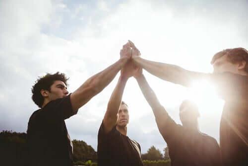 Takım Sporları ile Kişisel Gelişim Bağlantılı Mıdır?