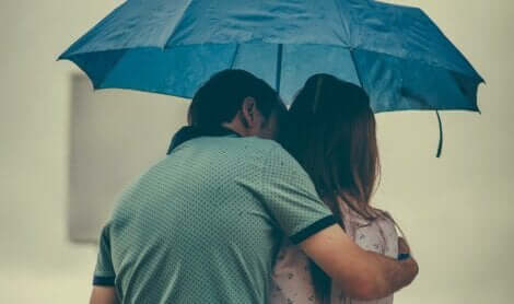 Olgunlaşmamış tarzda bir sevginin temelleri sağlam olamaz.