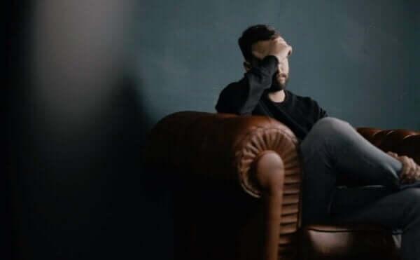 Falakrofobi erkeklerde yaygın bir sorun.