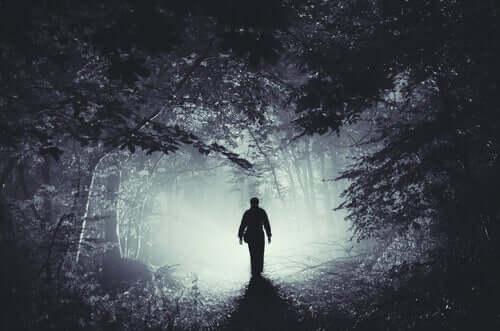 İnsanın Kötülüğü: Ellis'in Üçüncü Akıl Dışı Fikri