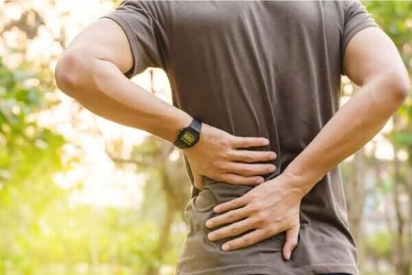Sırt ağrısı ile depresyon arasındaki bağ nedir?