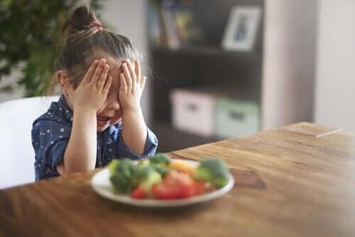Gıda Neofobisi Nedir? Nasıl Ortaya Çıkar?