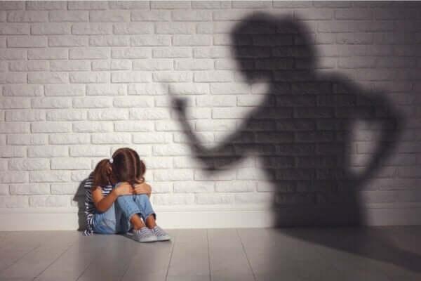 Çocukları cezalandırmak mantıklı mı?
