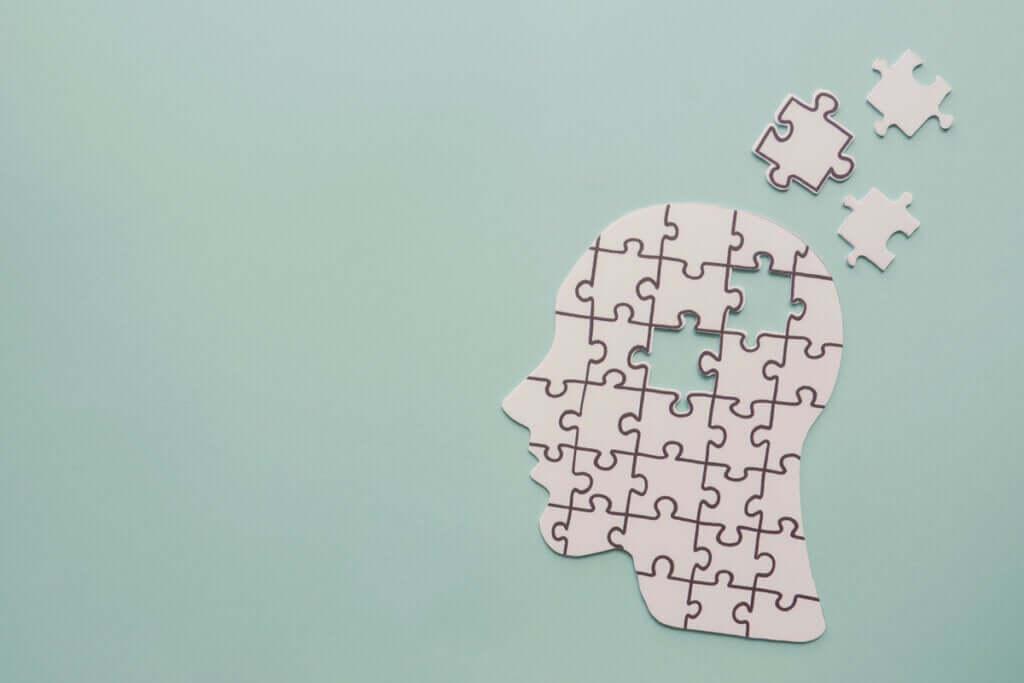 Alzheimer ve Frontotemporal Demans Arasındaki 9 Fark