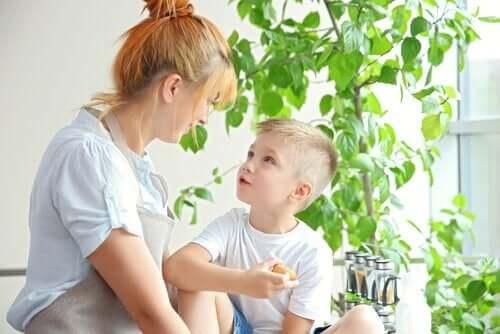 Yeni Partneriniz ve Çocuklarınızı Nasıl Tanıştırırsınız?