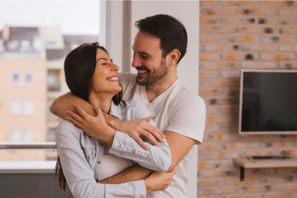 Mutlu Bir Evlilik Nasıl Olur - Güçlü Evliliğin Beş Sırrı