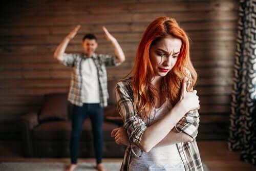 Genç Çiftlerde Şiddet Neden Artıyor?