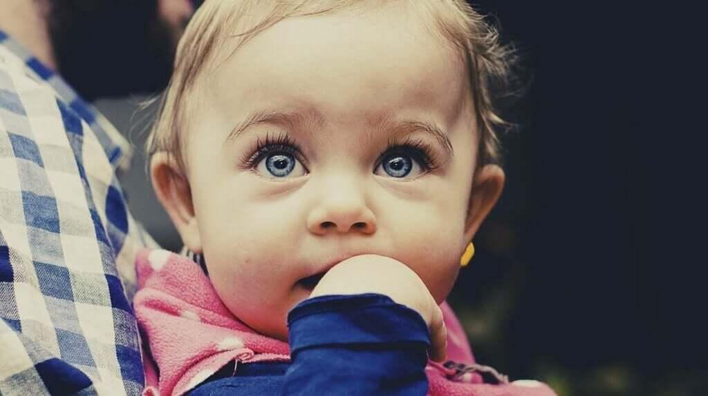 En Zeki Bebekler Kolayca Tanımlanabilir mi?