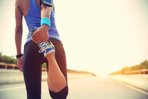 koşu öncesi bacakları esnetmek önemlidir
