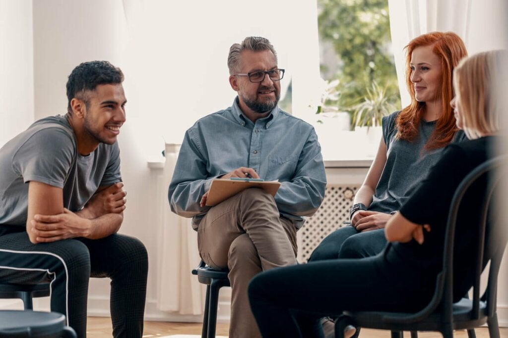 Grup Terapisi: Özellikleri ve Amaçları