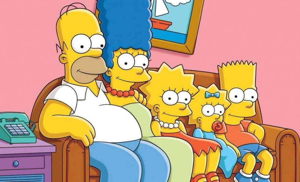 koltukta oturan Simpson ailesi