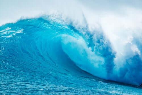 Kıyıya Vuran Dalgalar Metaforu