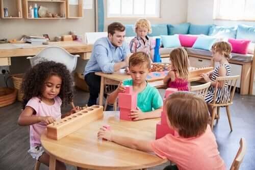 Maria Montessori: Eğitim Dünyasını Değiştiren Kadın